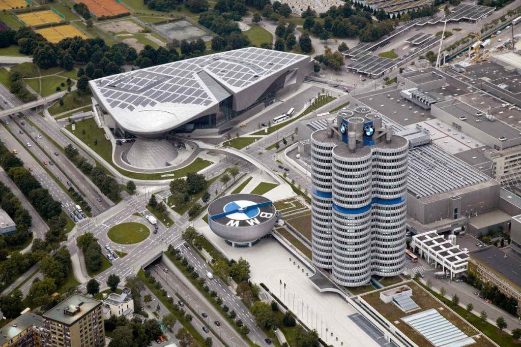 munich-музей-BMW-1024x683